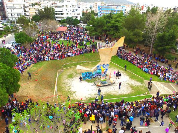Λίγο πριν την έναρξη της παρέλασης ο Δήμαρχος Γιώργος Παπανικολάου μιλώντας  στην κάμερα του vimaonline.gr είπε πως για δεύτερη συνεχή χρονιά το  καρναβάλι ... 60e7903dd4e